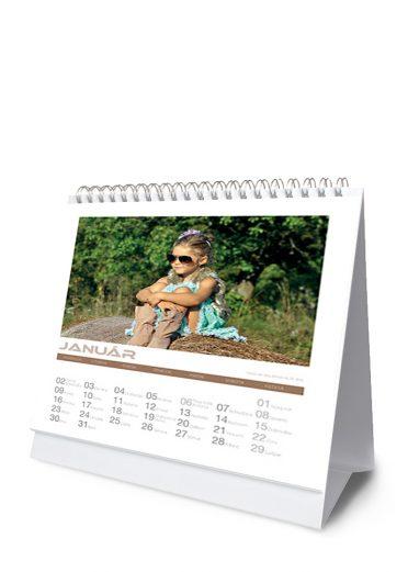 Stolový kalendár z vlastných fotiek - šablóna 01