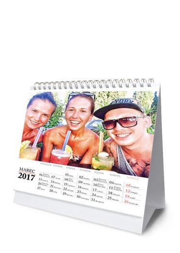 Stolový kalendár z vlastných fotiek - šablóna 02